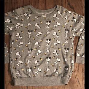 Women's size M Peanuts sweatshirt